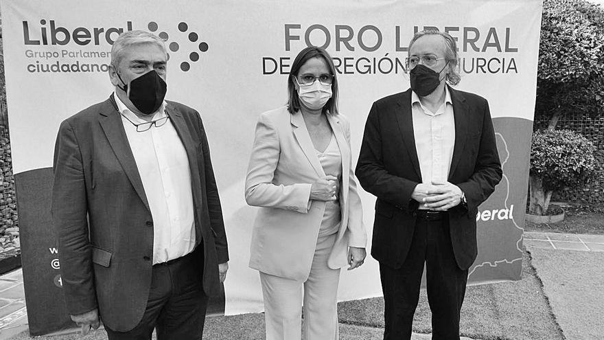 Girauta apuesta por la integración de los diputados de Cs en el PP