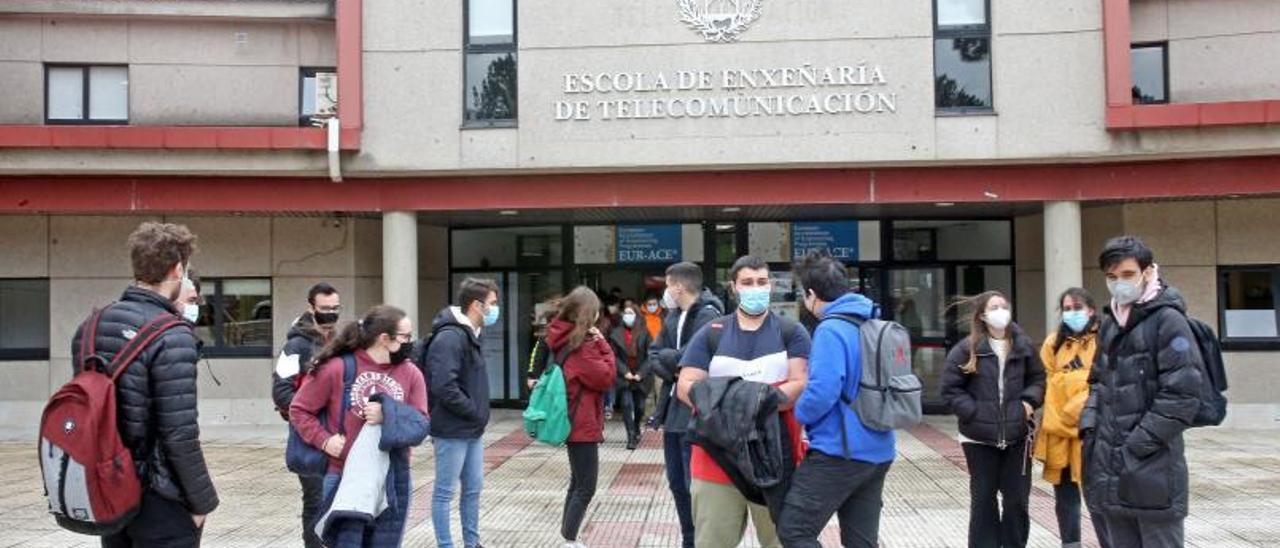 Imagen de archivo de la vuelta presencial a las universidades, a la Escola de Telecomunicacións