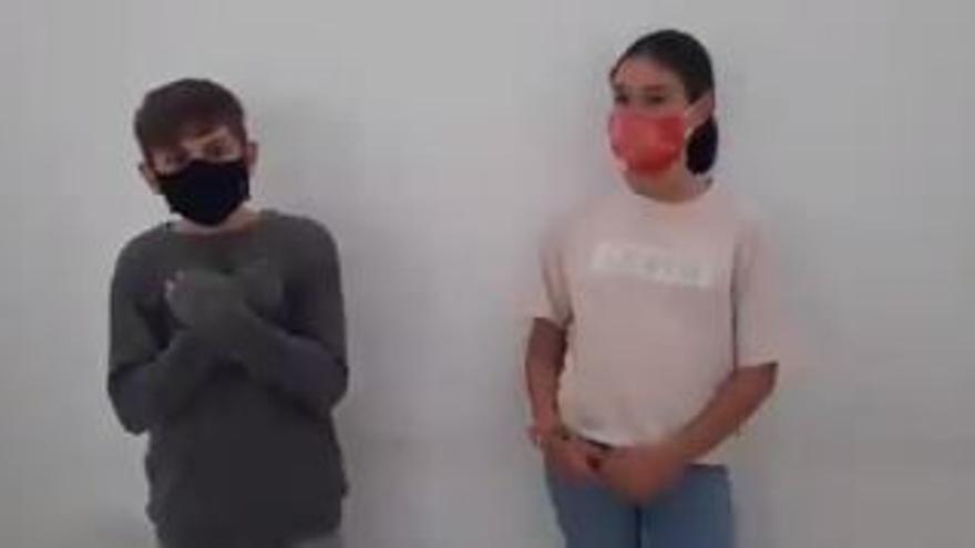 'Feminisme a l'escola' estrena el videoclip #Romplacadena contra las violencias machistas