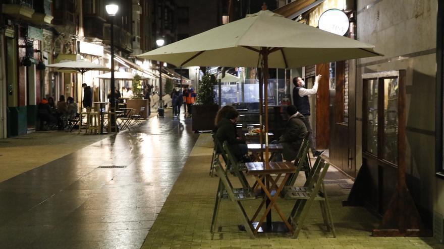 """Asturias prepara """"medidas más contundentes"""": """"La evolución es mala y preocupante"""""""