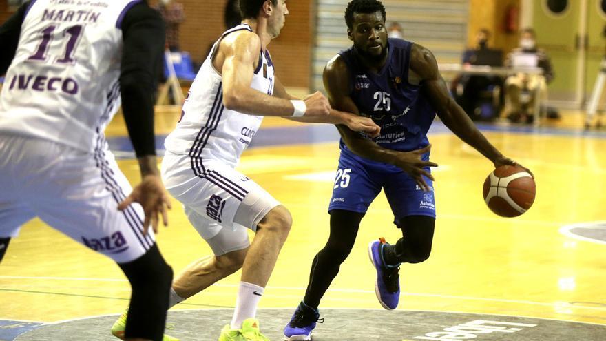 El Oviedo Baloncesto gana al potente Valladolid y se dispara en la Liga