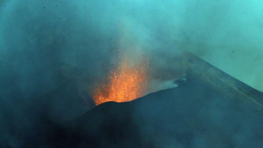 El geólogo David Pedreira explica hoy el volcán de La Palma