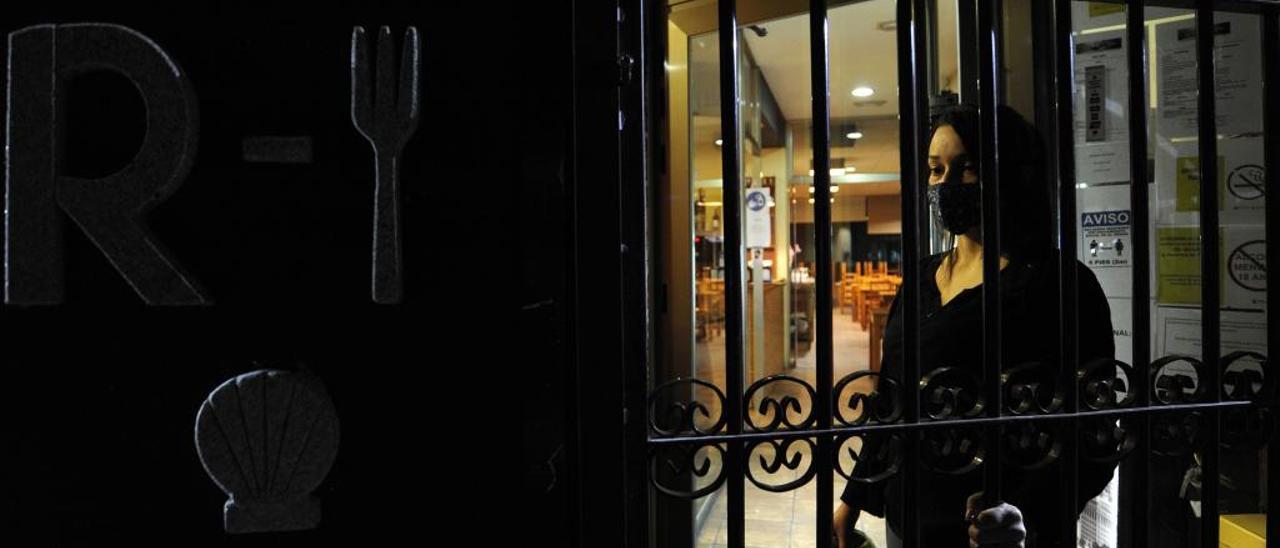 Cierre de un restaurante en Silleda por el toque de queda.