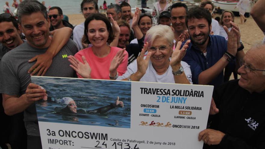 Més de 24.000 euros contra el càncer recaptats al mar