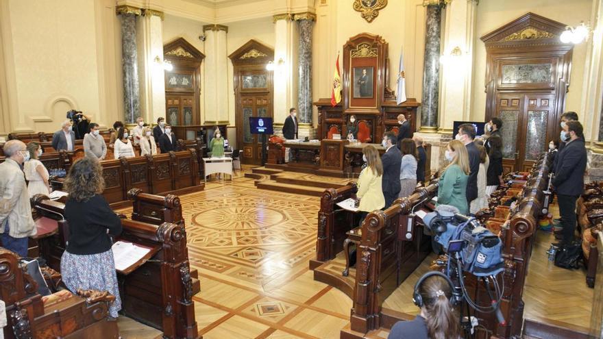 El Ayuntamiento insta a nacionalizar la aluminera de San Cibrao
