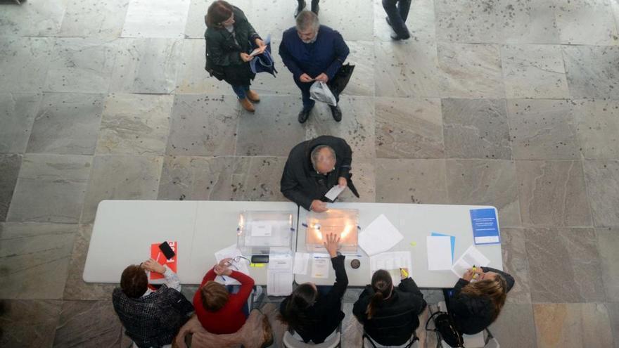 Galicia, obligada a votar con mascarilla en las elecciones del 12-J