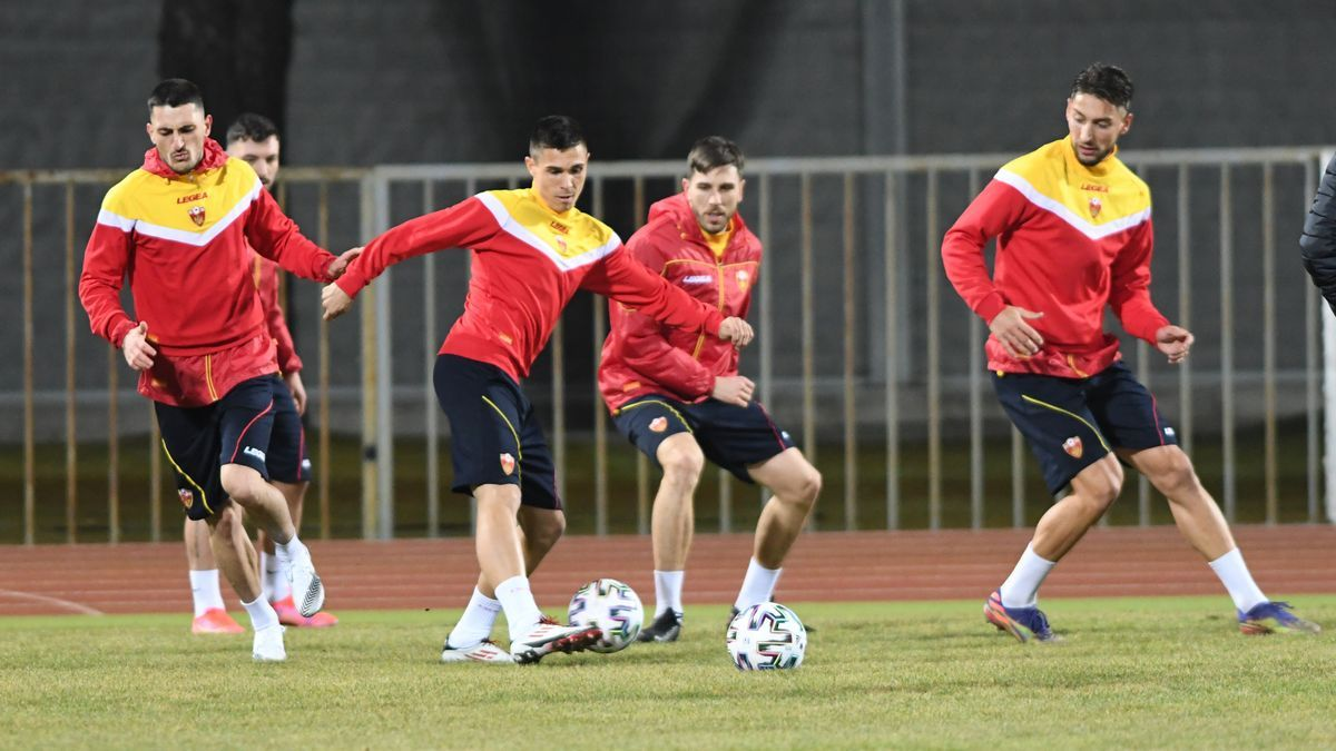 Djuka, en un entrenamiento con Montenegro