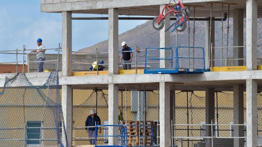 Canarias supera los 195.000 trabajadores afectados por ERTE