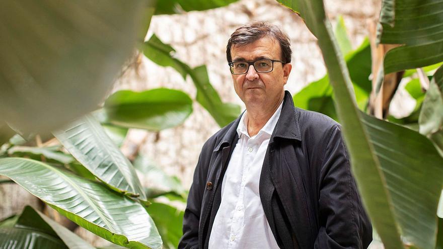 """Javier Cercas: """"Las novelas sirven para cuestionar nuestras certezas"""""""