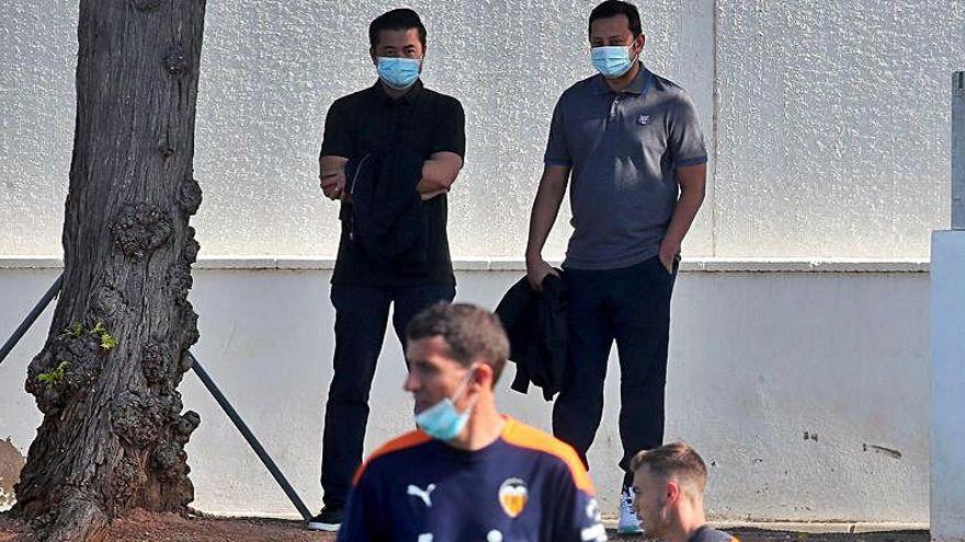 El Valencia CF coquetea con los peores años de su vida