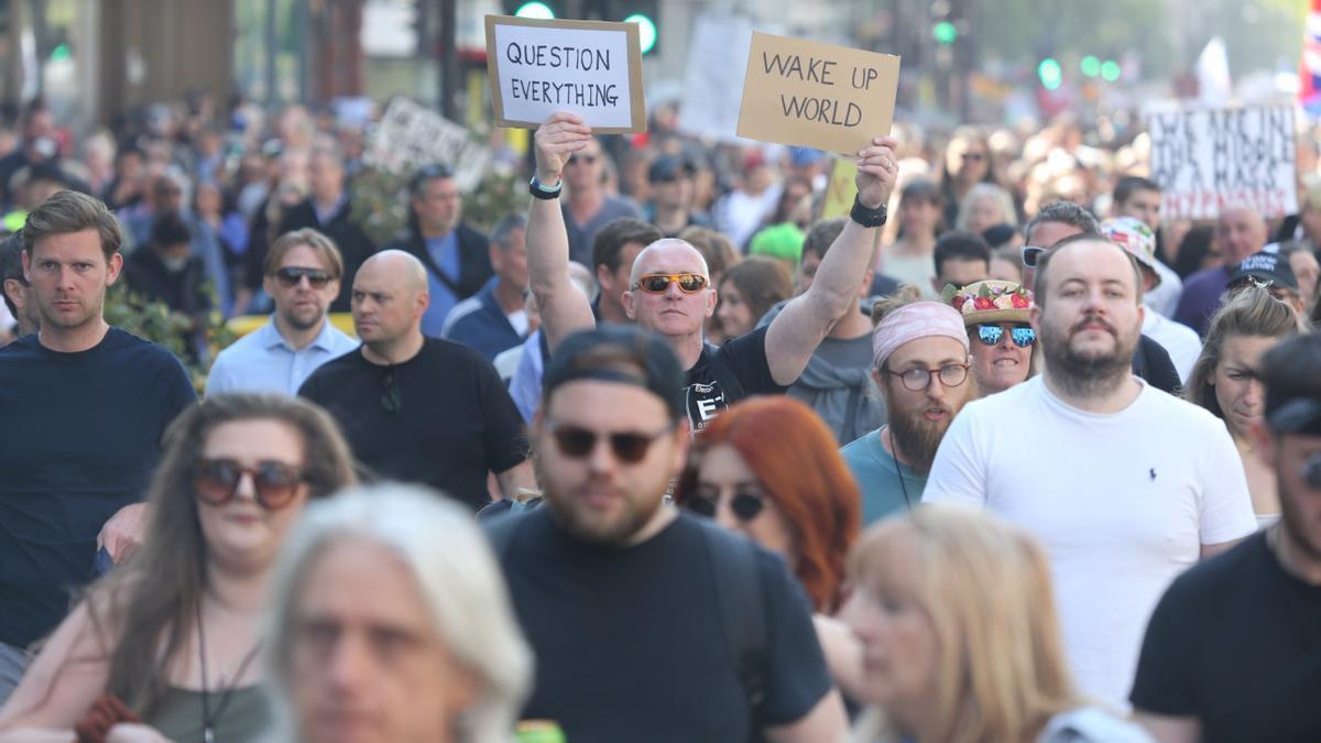 Manifestación contra las restricciones en Londres.