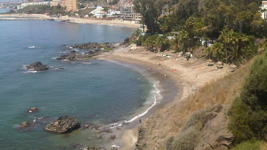 Las diez playas nudistas de Málaga
