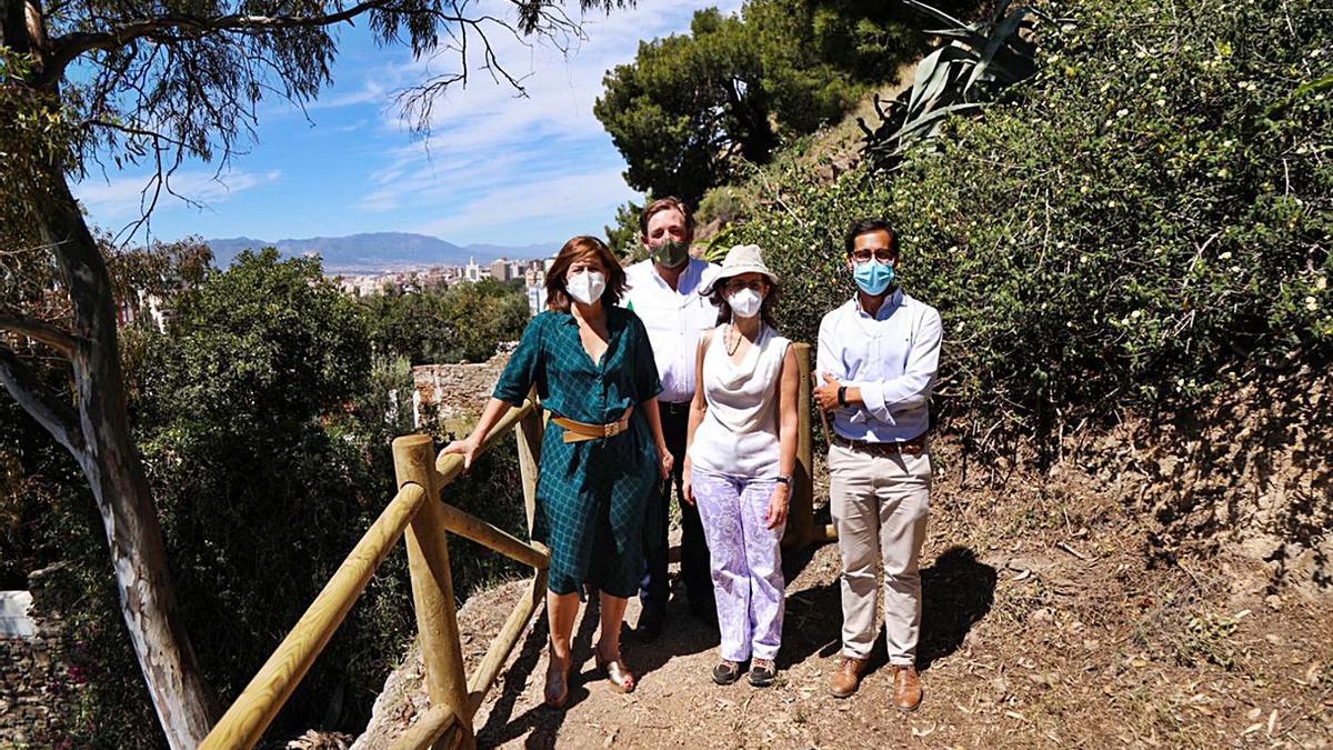La edil de Sostenibilidad Medioambiental, Gemma del Corral, visitó ayer las actuaciones. | L.O.