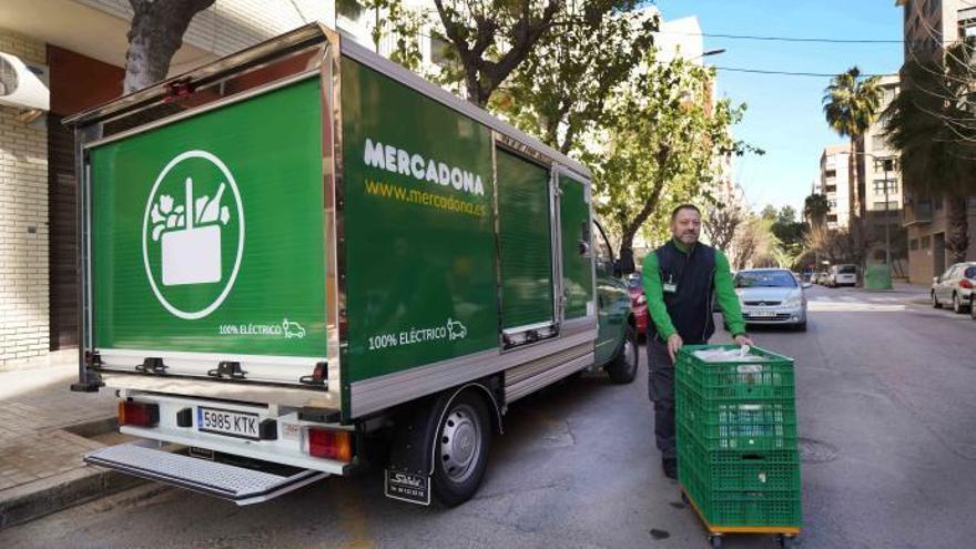 Mercadona aposta pels vehicles elèctrics per realitzar el repartiment a domicili
