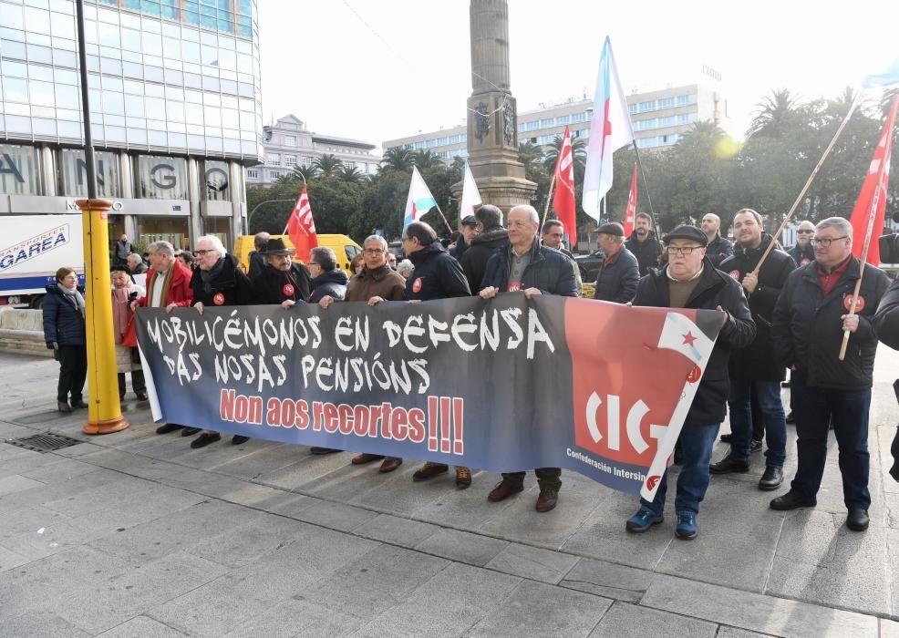 """Concentración en el Obelisco para reclamar una pensión """"digna"""""""