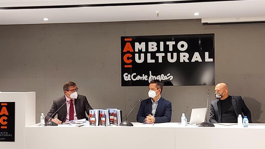 """Santiago Fouz presenta en El Corte Inglés """"El legado cinematográfico de Bigas Luna"""""""