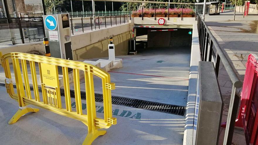 Montserrat guanya una vuitantena de places d'aparcament sota la passera