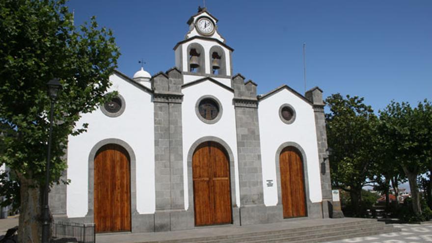 La parroquia celebró los 275 años de historia de San Vicente Ferrer y su ermita