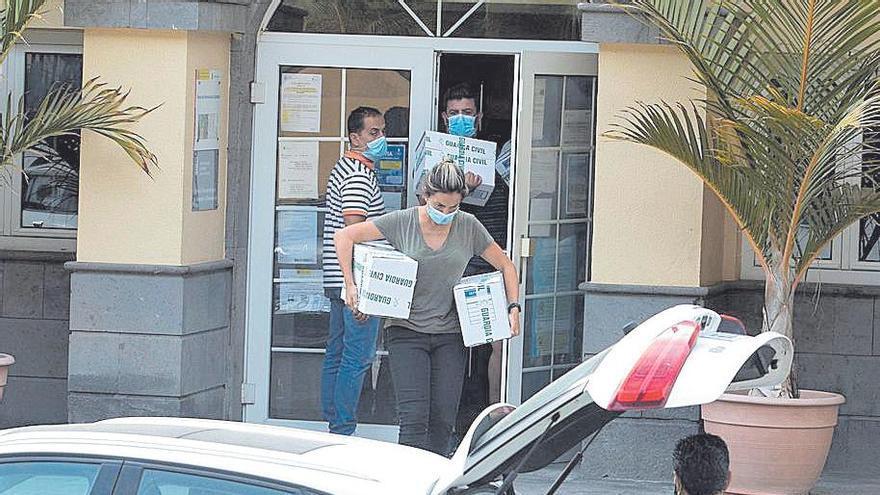 Los dos ediles detenidos en Mogán son Mencey Navarro y Tania Alonso