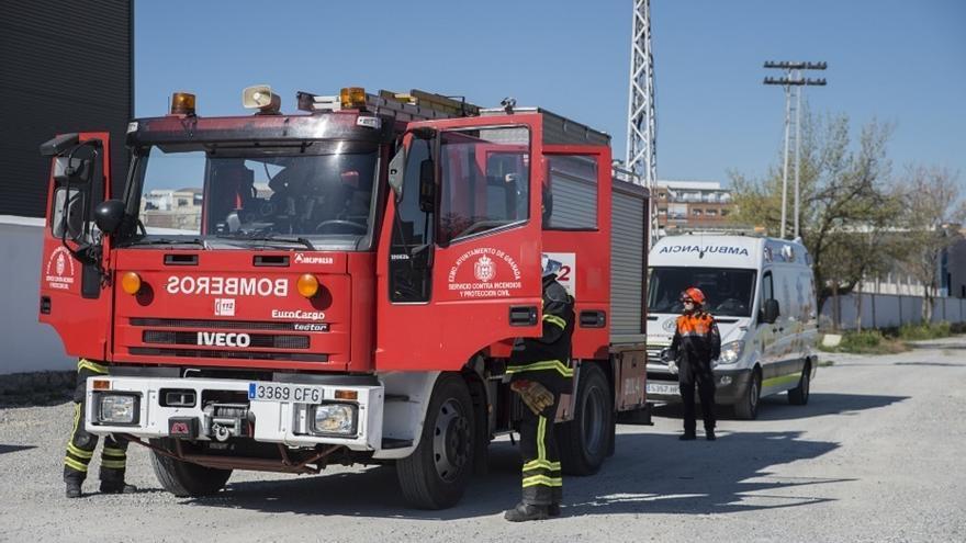 Encuentran muerto a un hombre tras el incendio en una pensión en Granada