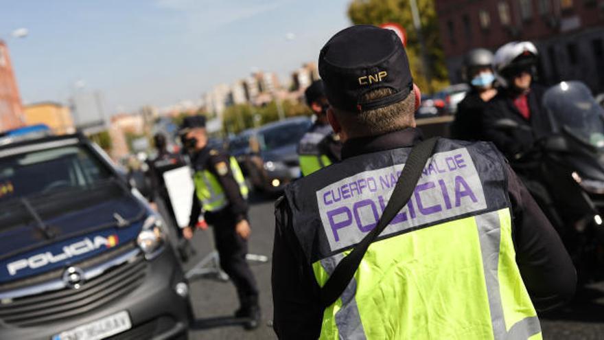 La Comunidad de Madrid estudia pedir al Gobierno el toque de queda