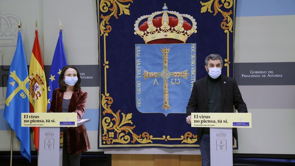Melania Álvarez y Alejandro Calvo en la rueda de prensa del Consejo de Gobierno