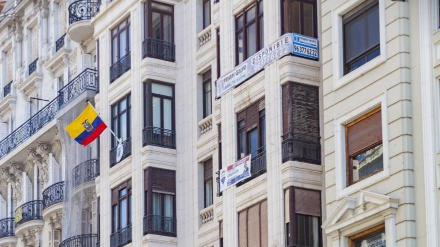 La oferta de pisos en València cae un 11 % y tensiona los precios