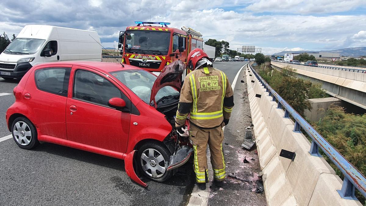 Uno de los coches accidentados.