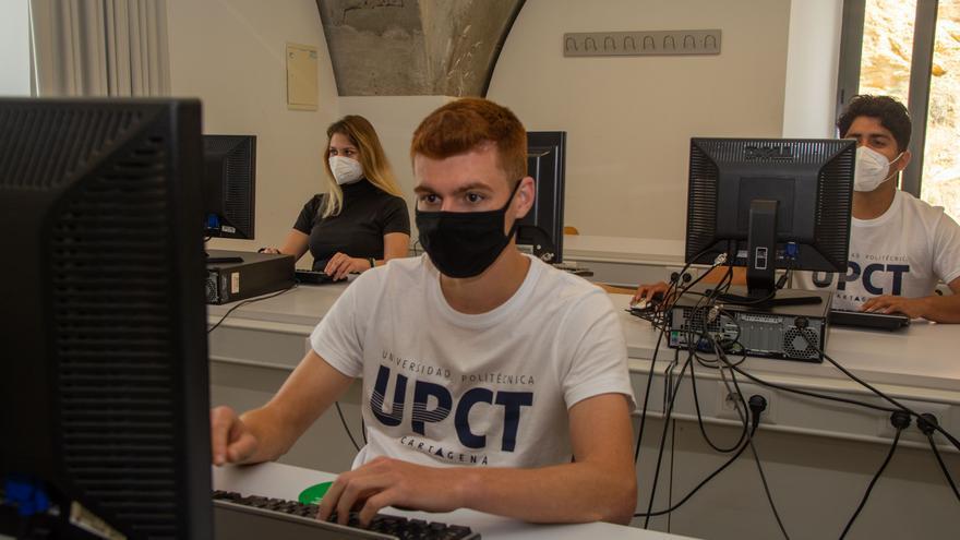 Últimos días para preinscribirse en másteres dobles, habilitantes y de especialización de la UPCT