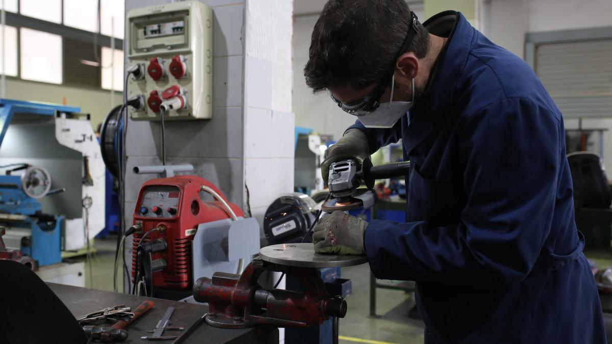 El IES Politècnic de Castelló, donde se imparten ciclos de automoción, mantenimiento y electricidad y electrónica.