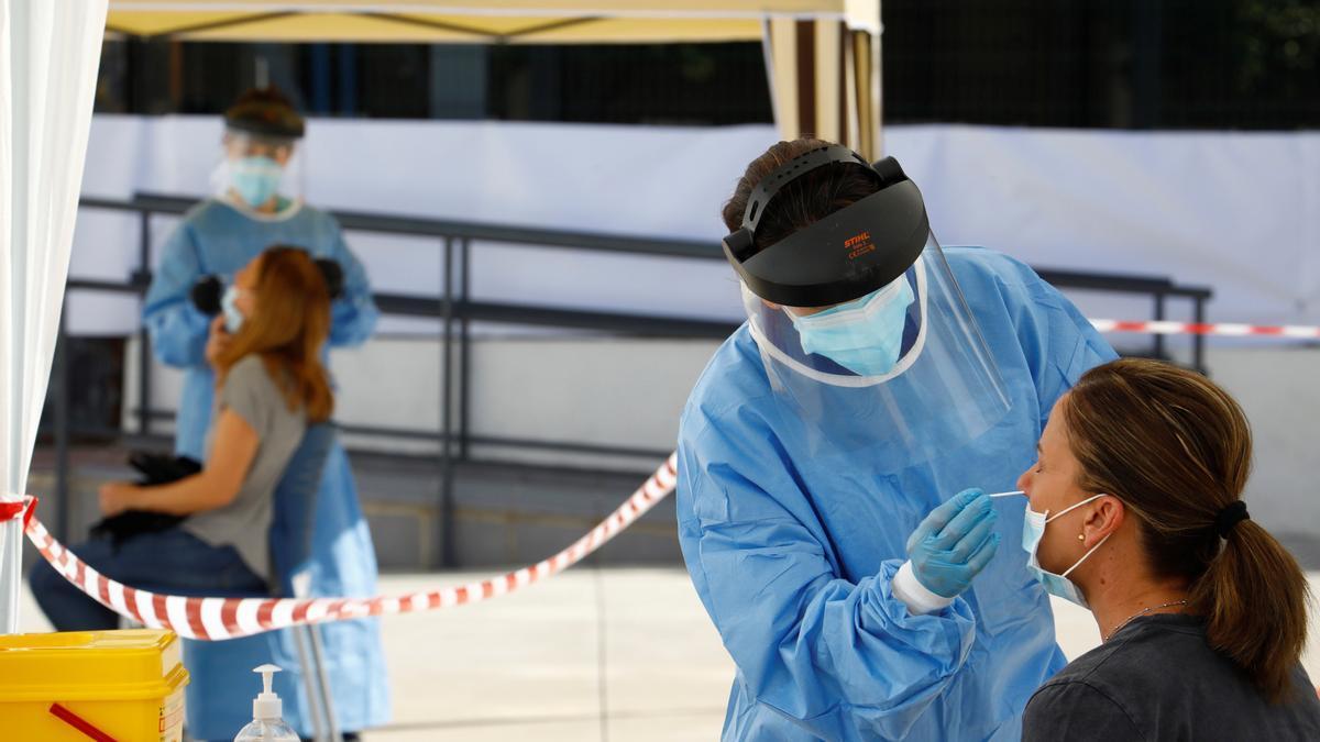 La incidencia acumulada sigue en 165 casos en Andalucía