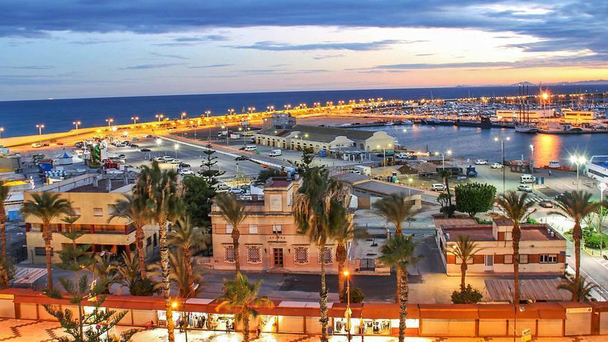 El puerto de Torrevieja albergará ocio, actividades de hostelería y comerciales