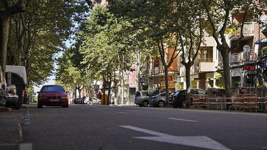 Una treintena de negocios de las Tres Cruces se opone al Ayuntamiento de Zamora por las obras en la zona
