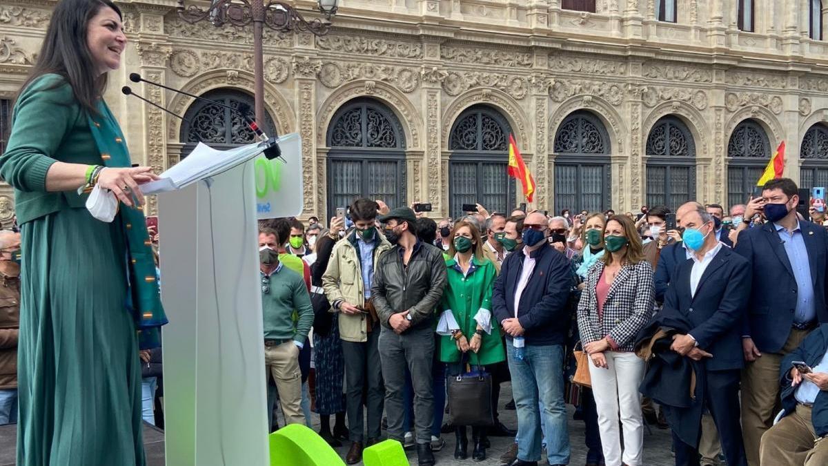 """Vox avisa a Moreno sobre el pin parental: """"El pueblo andaluz juzgará el cumplimiento de sus compromisos"""""""