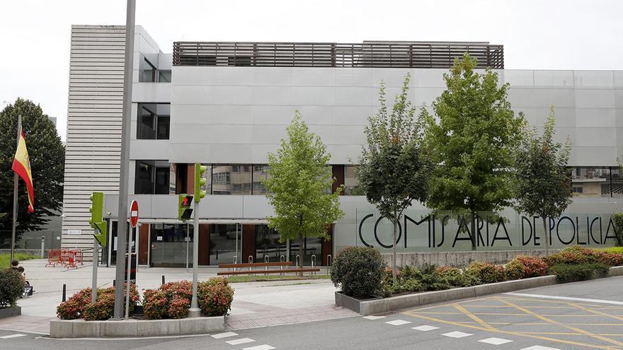 Exigen dimisiones por el brote de coronavirus en la Comisaría de Vigo