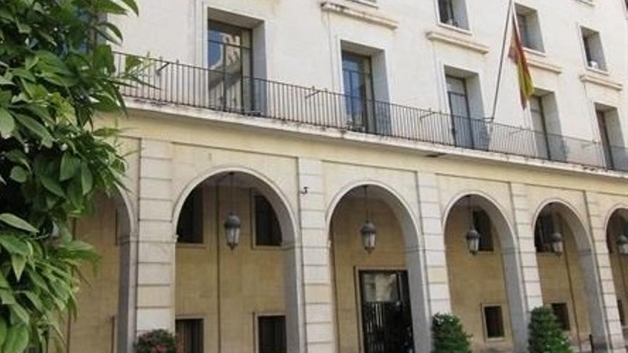 La Audiencia de Alicante condena a ocho meses de cárcel a un evasor fiscal que tenía depósitos ocultos en la filial suiza del banco HSBC