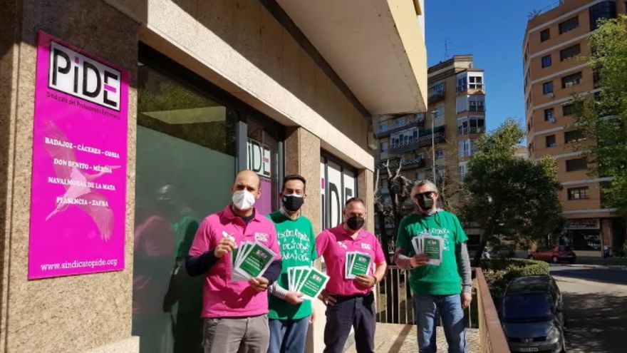 Campaña del sindicato PIDE para la escolarización en centros de Educación Pública