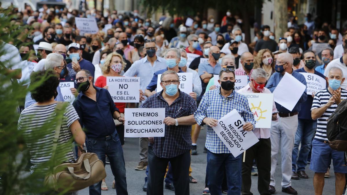 Protesta por las medidas restrictivas en el sector de la hostelería y del ocio