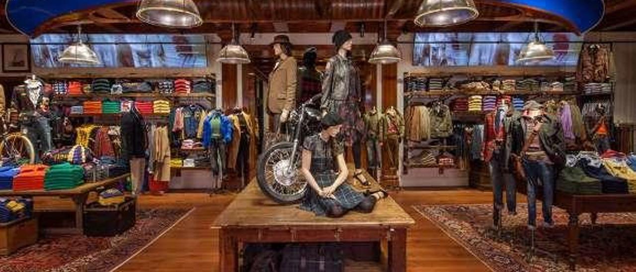 Interior de la tienda de Ralph Lauren en Nueva York.