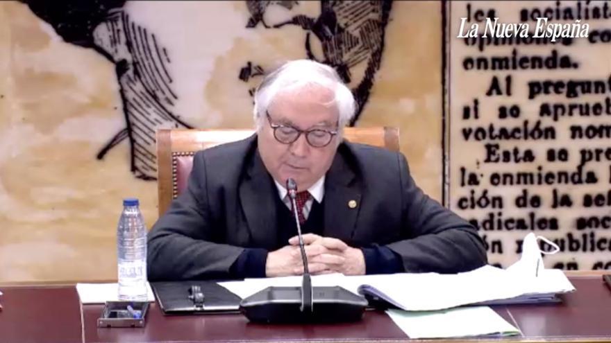 El ministro Castells confunde a Clarín con el rector Alas