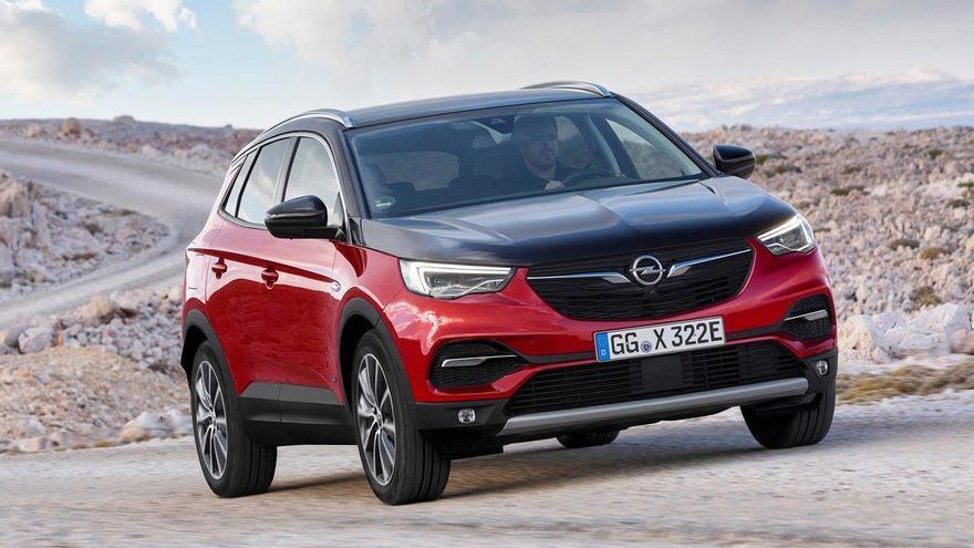 Opel Grandland X Hybrid4, ofensiva híbrida