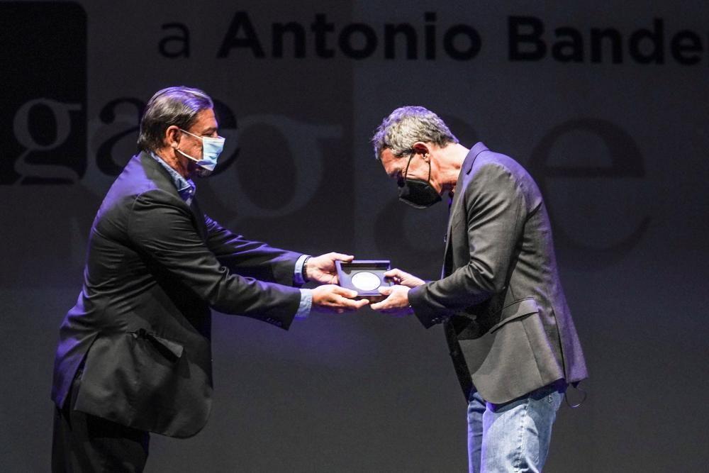 Antonio Banderas recibe Medalla de Honor de la ...