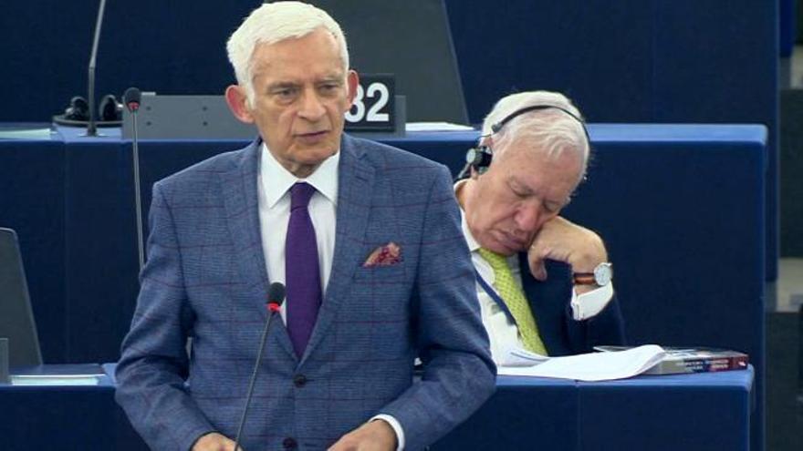 """Margallo, tras su siesta en la Eurocámara: """"Es porque tengo la conciencia muy tranquila"""""""