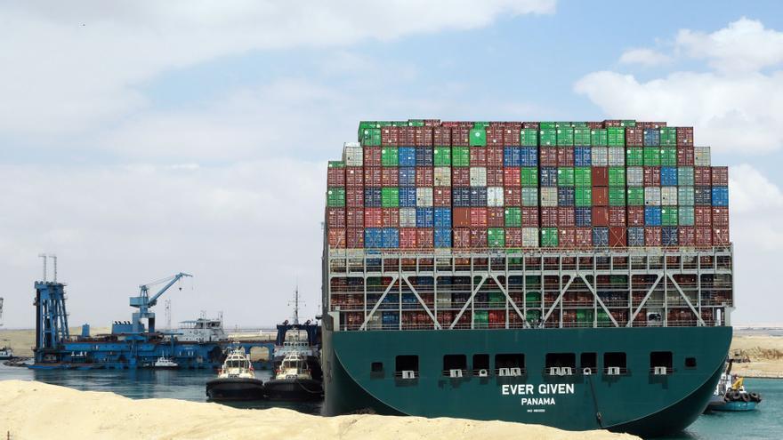 Egipto se incauta del 'Ever Given' a la espera del pago de compensaciones por el bloqueo del canal de Suez