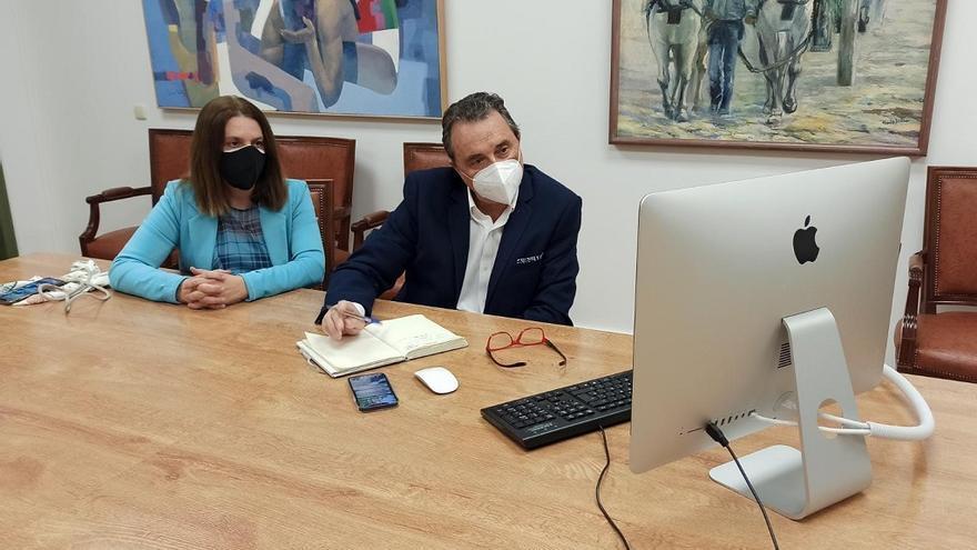 Torremolinos se reúne con Aehcos para estudiar medidas en apoyo al sector hotelero