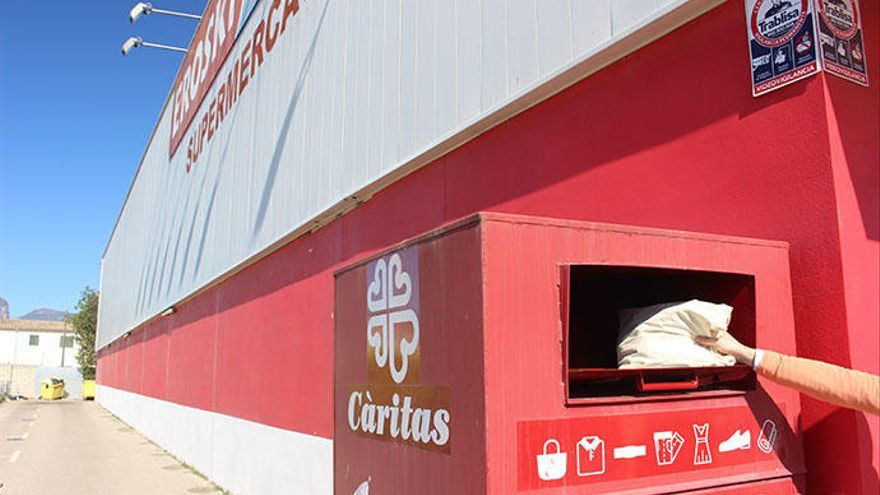 Càritas Mallorca recogió el año pasado 179.122 kilos de ropa en los Eroski de nuestra isla