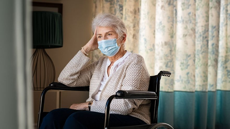 Solo el 27% de cuidadoras familiares de dependientes están de alta en la Seguridad Social