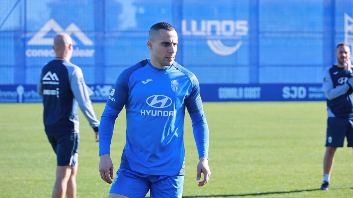 Änis Ben-Hatira se encuentra a prueba en el Atlético Baleares.
