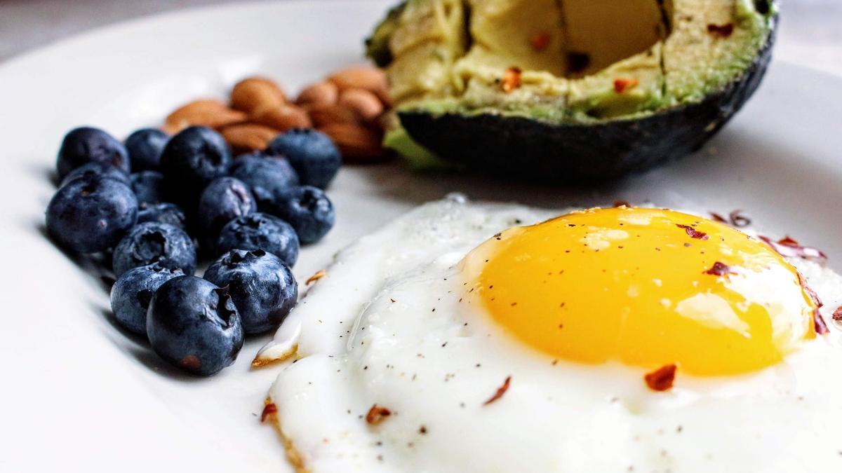 La dieta Delta consiste en dividir los alimentos por colores