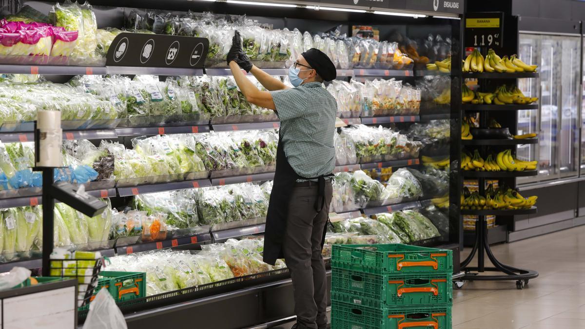 Horarios de apertura de supermercados y tiendas en el puente de octubre